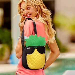 VS PINK Pineapple Cooler